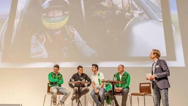 Formula Student participants and Schaeffler representatives at the Motorsport Academy in Herzogenaurach
