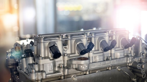 UniAir, the fully-variable electrohydraulic valve control system contributes to reduced fuel consumption.