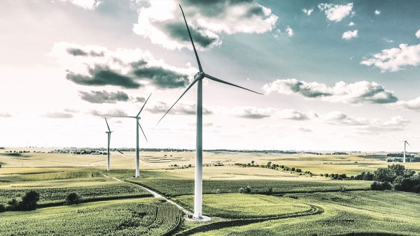 Schaeffler offers smart condition monitoring solutions for wind turbines.