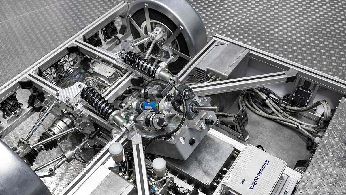 Simulation technologies in chassis technology