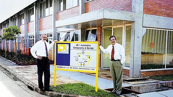 Es creada la División AS – LuK de Brasil, que entra oficialmente en operación el 2 de enero de 1997.