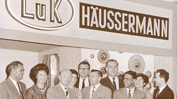 A LuK alapítása Bühlben. (LuK: a Lamellen- und Kupplungsbau (lamella- és tengelykapcsológyártás) rövidítése