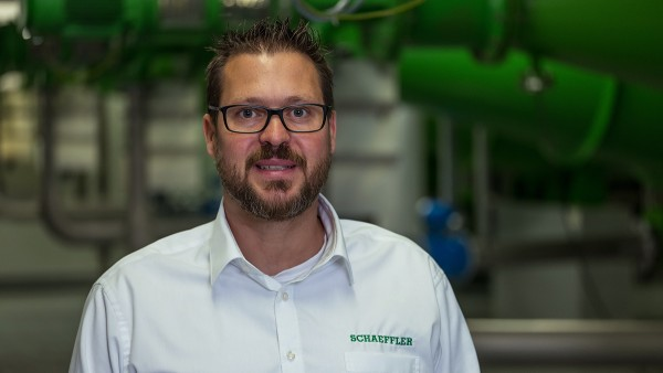 Thomas Schmitz, Condition Monitoring Service Manager at Schaeffler