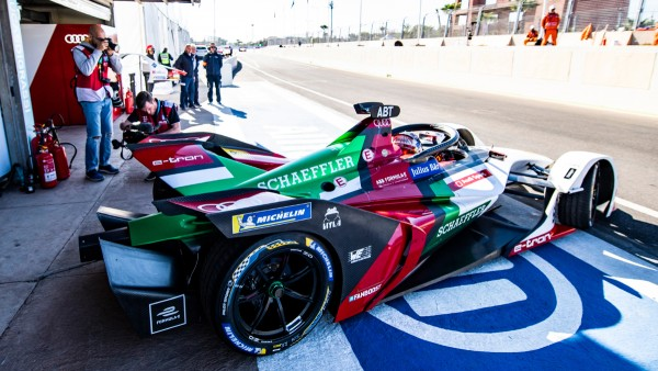 Formula E debuts on new track in Chile's capital