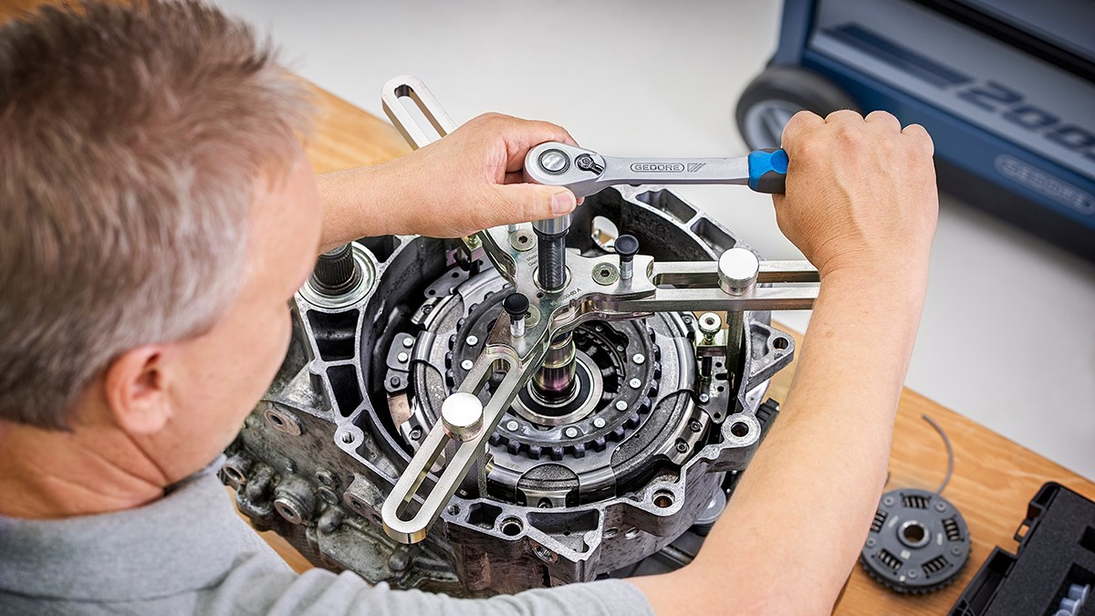 Parts Replacement Made Easy with Special Tools