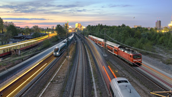 Radsatzlager von Schaeffler kommen weltweit von der U-Bahn bis zum Hochgeschwindigkeitszug zum Einsatz.