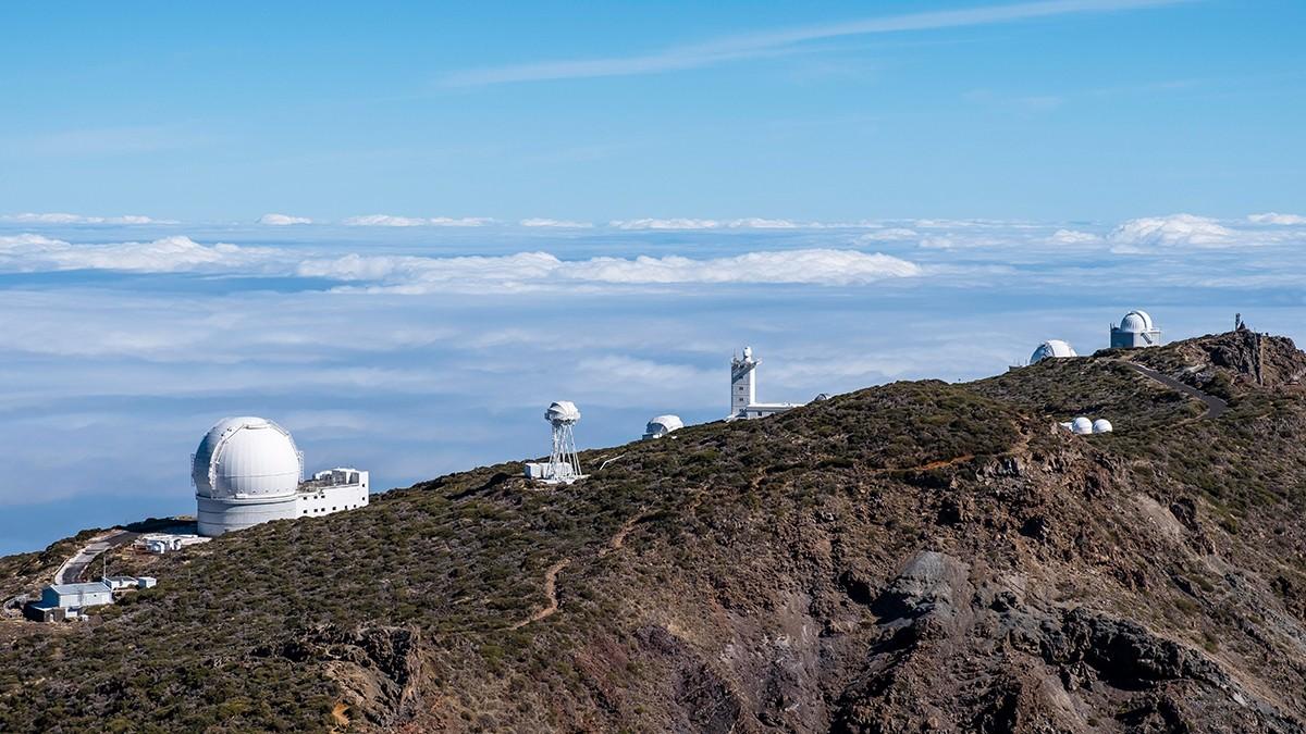 Auf dem Roque de los Muchachos erwarten Astronomen mehrere Teleskope und ein geradezu perfekter Blick ins Weltall.
