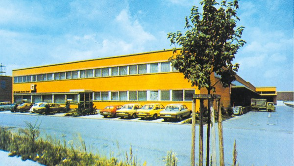 1976: Establishment of LuK Autoteile- Service GmbH in Langen, Germany, today Schaeffler Automotive Aftermarket