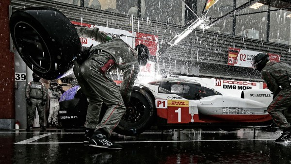 Innovative Schlagkraft bei Schaeffler und Porsche