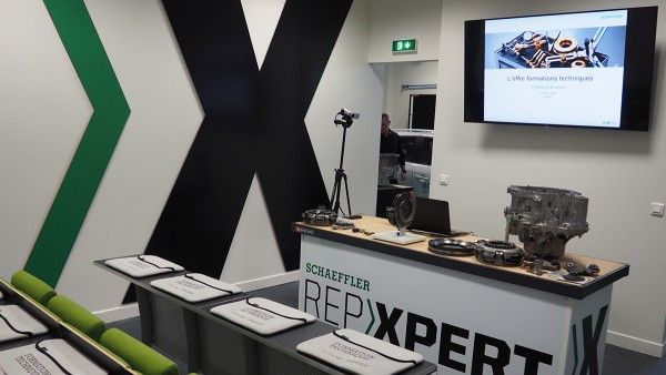 In 2016, a new REPXPERT training center from Schaeffler for the Automotive Aftermarket opened in Clamart, France.